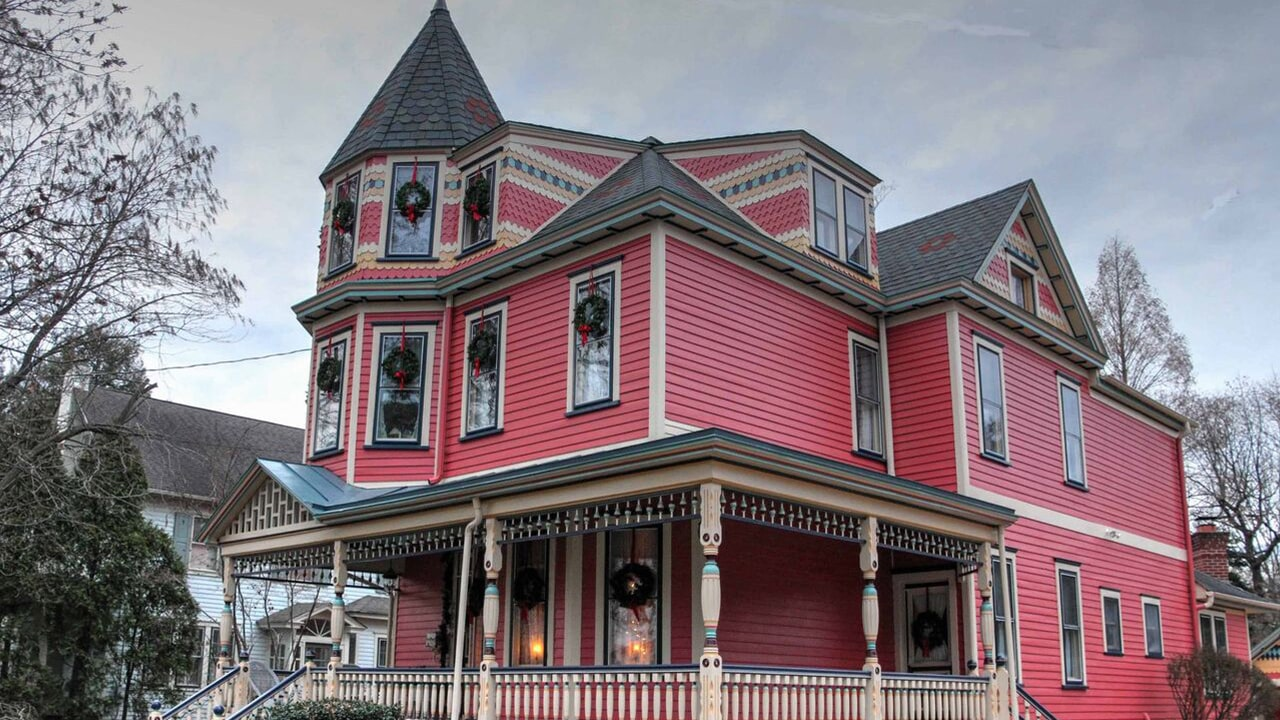 Grand Manor and Carriage House Shingles on a Haddonfield Queen Anne Victorian